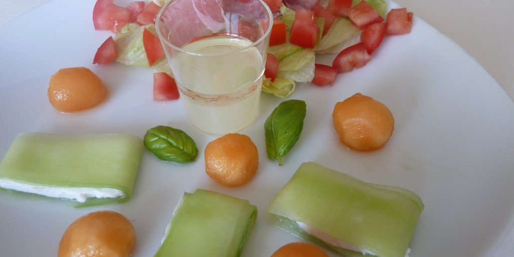 http://www.lesrecettesdemaud.fr/wp-content/uploads/2012/07/salade-concombre-melon-tomate-1024x512.jpg